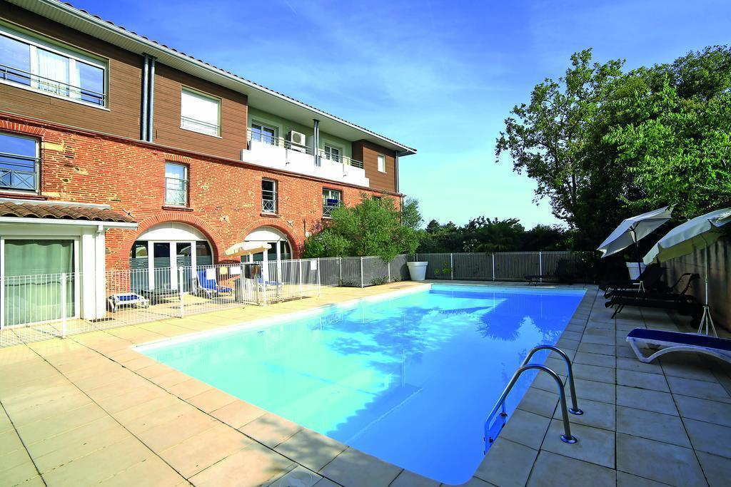Hotel appart 39 city toulouse colomiers for Piscines colomiers